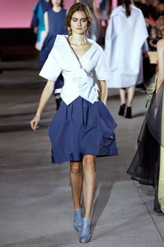 John Galliano Spring 2013 RTW - Review - Fashion Week - Runway, Fashion Shows and Collections - Vogue - Vogue