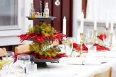 linneasskafferi - Dukning: Kräftskiva Swedish Traditions, Low Country Boil, Find Furniture, Tablescapes, Table Settings, Sweet Home, Fat, Table Decorations, Party Party