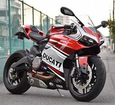 panigale 899 +1