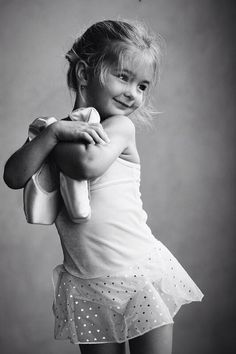 Ballet - praise Jehovah with Dance an singing Bring Glory To Jehovah.Ballet is a Beautiful Dance my favorite Dance .