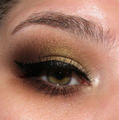 image from http://img.makeupalley.com/8/5/8/9/2672487.JPG