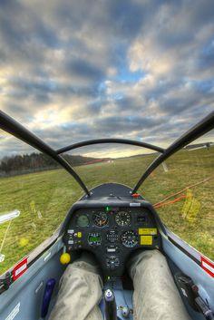 Hang Gliding, Bungee Jumping, Brazil Carnival, Aircraft Interiors, Rock Climbing Gear, Flight Deck, Nose Art, Mans World, Gliders