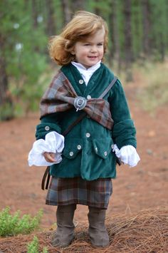"""The Starz """"Outlander"""" TV series has been a phenomenal success, with fans coming together from across the globe. Many Aussies are also proud members of this highly passionate clan of supporters. Andrea Whitrow, a mum from Adelaide, is one such fan. She is a dressmaking specialist who has used her skills to turn her son into """"Mini Jamie."""""""