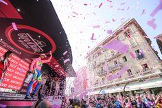 マリアローザのアルベルト・コンタドール(スペイン、ティンコフ・サクソ)とピンクの紙吹雪: photo:Kei Tsuji
