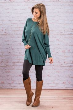 """Cozy Long Sleeve Top - Teal""You couldn't ask for a cozier more comfy top this fall! It's material is soft and stretchy so you know it's comfy! Plus, with a length like this you can easily wear it with jeans or leggings! #newarrivals #shopthemint"
