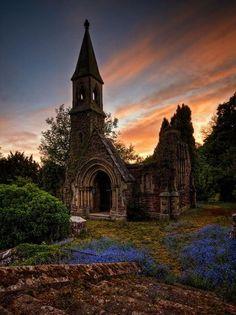 Привидениями церкви Овертон, Северный Уэльс, Англия - Pixdaus