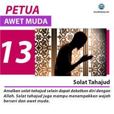 10 Petua Awet Muda #sebarkanmanfaat #Imuslimshop #PhotoViral #PetuaawetMuda Doa Islam, Allah Islam, Muslim Quotes, Islamic Quotes, Pray Quotes, Islamic Posters, Learn Islam, Islamic Messages, Islam Facts