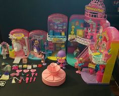 Vintage 1996 Cap Toys Melanie's Mall 8 shops 100+ pieces With Working escalator in Dolls & Bears, Dolls, By Brand, Company, Character   eBay