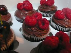 Chocolate and raspberry cupcakes