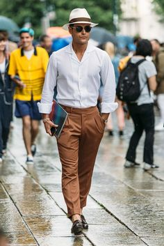 We spot Frank Gallucci during Milan Fashion Week 2016 wearing a tailored summer…