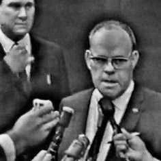11/24/63 - Dallas Police Chief Jesse Curry announces the death of Lee Harvey Oswald, at Parkland Hospital.  Oswald died 10 feet from the room where JFK died.