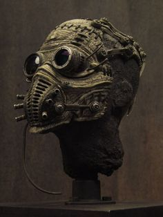 Post-Apocalyptic Fashion — sekigan: Bruce D. Mode Steampunk, Steampunk Mask, Steampunk Fashion, Post Apocalyptic Costume, Post Apocalyptic Fashion, Cyberpunk, Mad Max, Easy Clay Sculptures, Sculpture Ideas