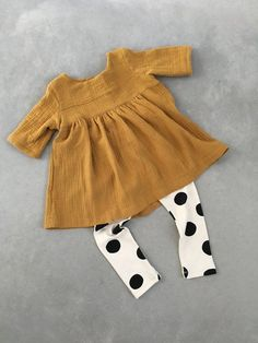 Doppelte Gaze Tunika Baby Tunika Baby Kleid Baby Gaze Kleidung Doppel Gaze Outfi… Double Gauze Tunic Baby Tunic Baby Dress Baby Gauze Clothes Double Gauze Outfit Toddler Dress First Birthday Outfit Girls Winter Outfits, Toddler Girl Outfits, Toddler Dress, Toddler Girls, Toddler Girl Clothing, Fall Baby Outfits, Toddler Hair, Boy Clothing, Clothing Stores