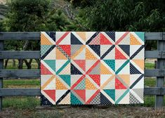Valley Large Crosshatch pre-cuts quilt - Uses a layer cake and jelly roll strips. Big Block Quilts, Cute Quilts, Strip Quilts, Scrappy Quilts, Easy Quilts, Quilt Blocks, Quilts For Men Patterns, Modern Quilt Patterns, Quilt Patterns Free