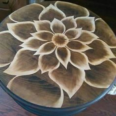 Shading with stain Wood Burning Crafts, Wood Burning Patterns, Wood Burning Art, Wood Crafts, Diy Crafts, Diy Wood, Diy Furniture Projects, Paint Furniture, Furniture Makeover