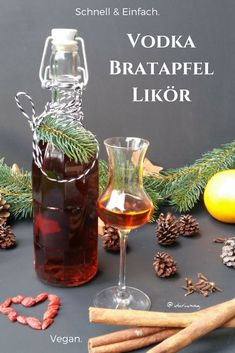 Winter vodka baked apple liqueur - vegan recipes - quick and easy vegan cooking and baking. - Make vodka baked apple liqueur yourself. Simple recipe for vodka baked apple liqueur. Make liqueur - Quick Vegan Meals, Easy Meals, Apple Recipes, Vegan Recipes, Quick Recipes, Vegan Food, Baking Recipes, Gin Fizz, Liqueur