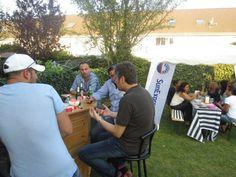 SunExpress hat in diesem Sommer einen groβen Verkaufswettbewerb für Reisebüros veranstaltet. Als bestes Verkaufsteam hat Bibak Reisen in Köln ein Sommer-Grillfest im Wert von 1.500 Euro gewonnen und im Oktober mit allen Kollegen die Steaks und Würstchen gegrillt. Wir gratulieren dem Bibak-Team ganz herzlich und wünschen weiterhin viel Erfolg!