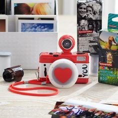 'I Love You' Camera | PBteen I L OVE THISS!!!