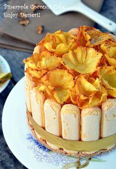 Tort cu ananas, cocos si migdale