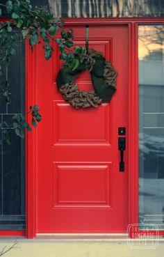 Burlap Wreath & Red Door  www.tryonahomemadelife.com
