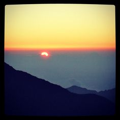 Sunrise at Haleakala is another #MauiMoment we treasure! #gohawaii