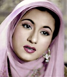 Nasir Ali uploaded this image to 'Dilip Kumar/Madhubala'. See the album on Photobucket. Old Celebrities, Cute Baby Girl Pictures, Bollywood Pictures, Indian Goddess, 1 Gif, Vintage Bollywood, Beautiful Figure, Most Beautiful Indian Actress, Bollywood Stars