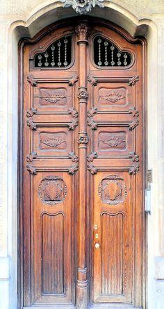 Cases Ruiz Casamitjana  1906  Architect: Adolf Ruiz i Casamitjana