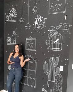 Chalkboard Art Kitchen, Chalkboard Art Quotes, Chalkboard Wall Bedroom, Blackboard Wall, Chalk Wall, Blackboard Drawing, Geek Room, Chalk Drawings, Wall Drawing