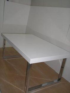 Mesa Ratona Laqueado Blanco Base Mdf Patas Metal Cromado - $ 2.599,99 en Mercado Libre