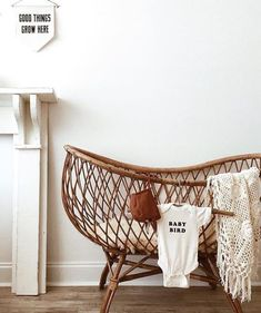 Baby bedroom I love love love wicker/cane bassinets ESPECIALLY if they're vintage! Boho Nursery, Nursery Neutral, Nursery Room, Girl Nursery, Nursery Decor, Nursery Ideas, Nursery Modern, Nursery Themes, Baby Bedroom