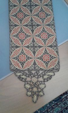 Cross Stitch Embroidery, Cross Stitch Patterns, Tablecloths, Bohemian Rug, Diy And Crafts, Rugs, Farmhouse Rugs, Table Toppers, Table Covers