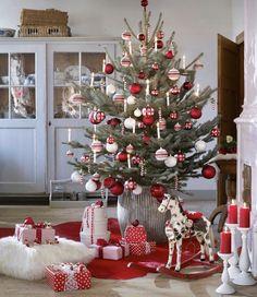 ❤️💚🤍 Merry Christmas, 25 Days Of Christmas, Christmas Makes, Homemade Christmas, Family Christmas, Vintage Christmas, Christmas Crafts, Christmas Decorations, Holiday Decor