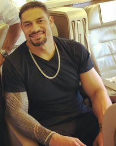 My beauitful sweet angel Roman I love your smile it lights up your beauitful face and you and your smile makes my heart sing my angel I love you to the moon and the stars and back again my love Roman Reigns Smile, Wwe Roman Reigns, Roman Reighns, Wwe Superstar Roman Reigns, Wwe Pictures, Love Your Smile, Royal Rumble, Professional Wrestling, Wwe Superstars