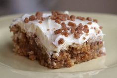 white trash bars… only 4 ingredients!: ritz crackers, toffee chips, sweetened condensed milk, vanilla frosting. must try. #food