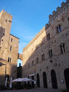 Volterra--2 1/2 hours from Firenze