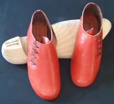 8ebb1c18a5c18 Gorgeous burnt orange kid leather shoe cut from one piece for extra elegant  look. A