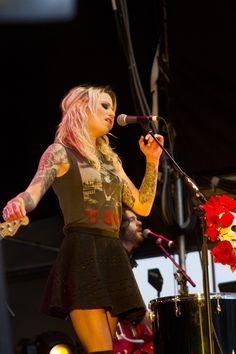 Gin Wigmore - one of the most unique voices I've ever heard !