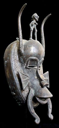 Ethno Art Image Series / Portrait of Senufo Bronze Kpelie Mask–Profile / Tribal…