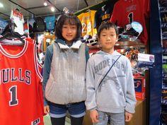 【大阪店】2015.03.28 狙ってた大好きな緑のボールをお買い上げ頂きました(^^♪大好きなバスケこれでやって下さいね!!また遊びに来て下さいね!