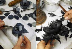 L'histoire des Métiers d'Art Chanel: Guillet, parurier floral http://www.vogue.fr/mode/news-mode/diaporama/l-histoire-des-metiers-d-art-de-chanel/16520/image/885885#!guillet-parurier-floral