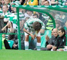 Louis Tomlinson OMg poor baby how gross