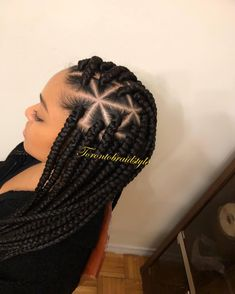 "TORONTO BRAIDER on Instagram: ""•Large triangle box braids💎• Dm to Book your appointment for December ➡️➡️➡️➡️ #triangleboxbraids #fulanibraids #torontocornrows #cornrows…"""