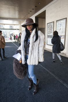 Can never have enough street style #nyfw www.sinnstyle.com
