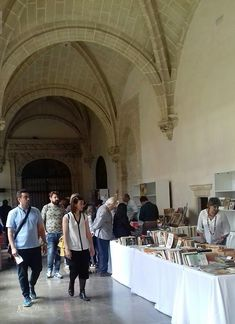 The Feria del Libros in Jerez and other good thinbs to do in Summer. Book Festival, Cadiz, Andalucia, Street View, Books, Summer, Libros, Summer Time, Book