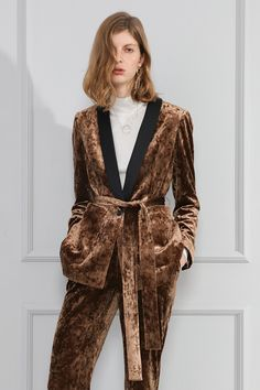 Золото бархат костюм 2017 моды шнуровкой пижамы воротником лоскутное бархат пиджак женский пиджак пальто женщин! купить на AliExpress