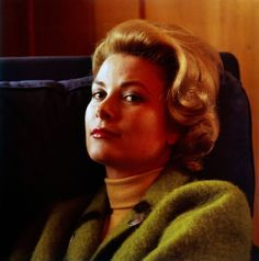 thefashioncomplex:  Princess Grace of Monaco in Gstaad, Switzerland, Philippe Halsman, 1962