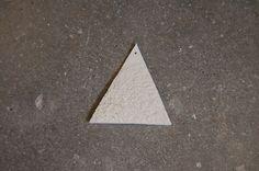 Recherches de textures, superposition de couches de porcelaine fine.