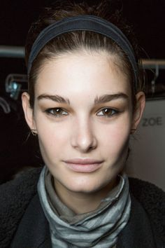 5 Fall 2015 Hair Trends Worth Trying Now - The Headband