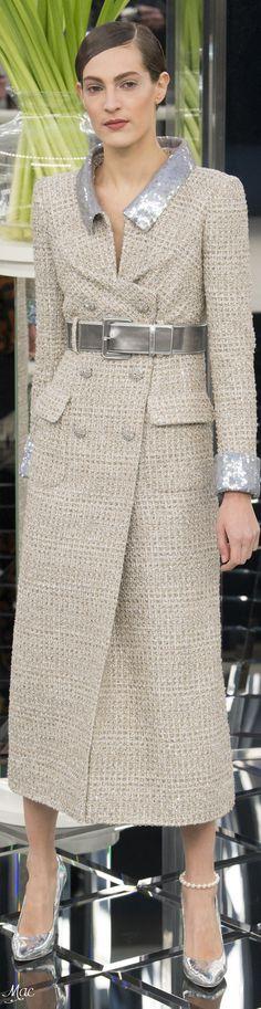 Spring 2017 Haute Couture Chanel http://bellanblue.com