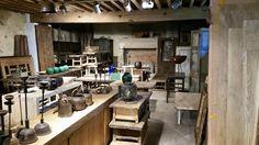 Recherche de mon futur mobilier en chinant des meubles en bois anciens !